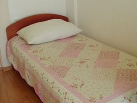 05.single_bed_app204(apartments_brajkovic_zivogosce_croatia)