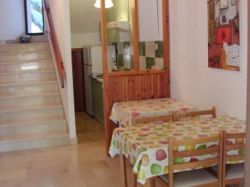 06.dining_area_app300(apartments_brajkovic_zivogosce_Croatia)